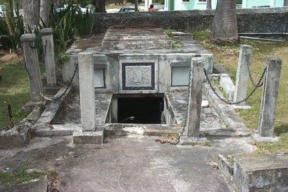 Le bare mobili della famiglia Chase, isole Barbados