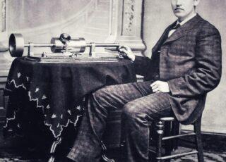 Edison e la macchina per parlare con i morti